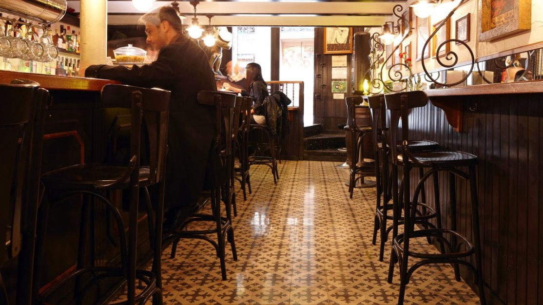 carreaux-ciment-paris-bar-llibertaria-1